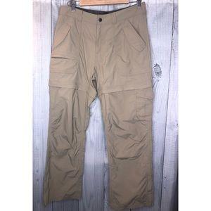 EASTERN MOUNTAIN Zip Off Convertible Hiking Pants